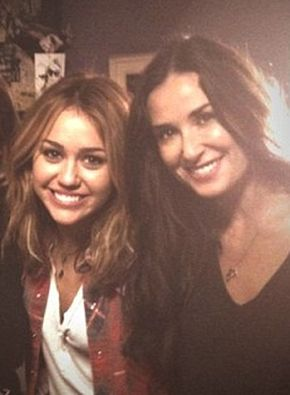 Demi Moore i Miley Cyrus jak dobre przyjaciółki (FOTO)