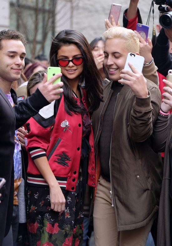 Zanim Selena Gomez (24 l.) związała się z The Weeknd (26 l.) spędziła trzy miesiące na odwyku. Z dala od mediów, internetu i romansów uczyła się zapomnieć o Justinie Bieberze i suto zakrapianych imprezach.
