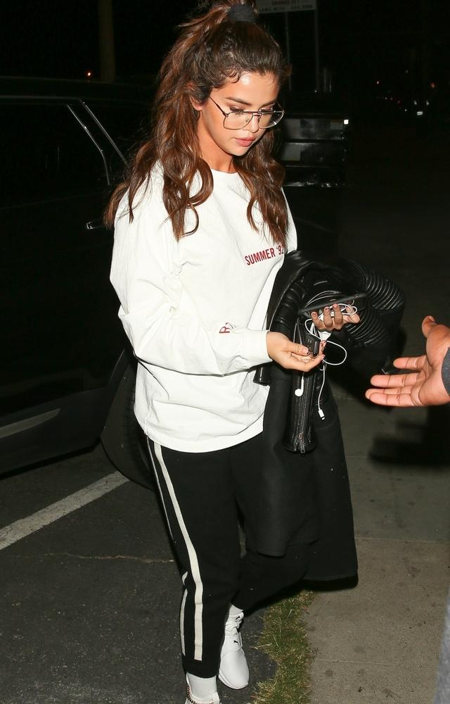 Selena Gomez da Justinowi obrzydliwie DROGI prezent!