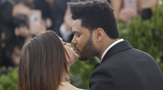 Selena Gomez i The Weeknd nie mogli oderwać od siebie rąk na Gali Met!