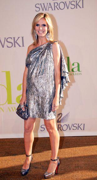 Pokaźny brzuszek Heidi Klum