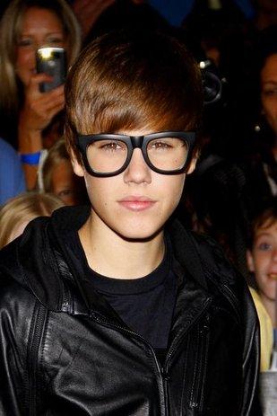 Justin Bieber zostawia masę pieniędzy u fryzjerki