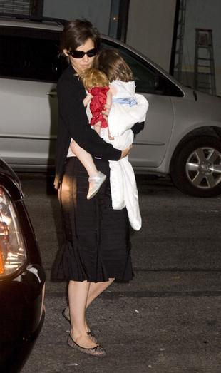 Katie Holmes w skórzanych spodniach