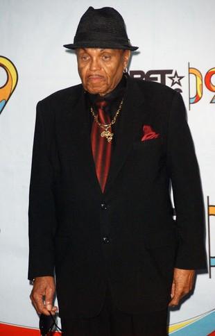Joe Jackson: Bicie ustrzegło Michaela przed przemocą