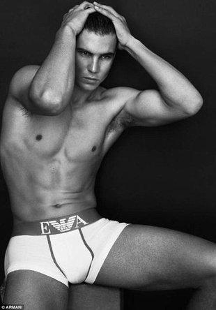 Rafael Nadal – nowa twarz Armani (FOTO)