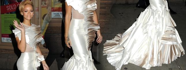 Rihanna w boskiej kreacji - kobieta roku (FOTO)