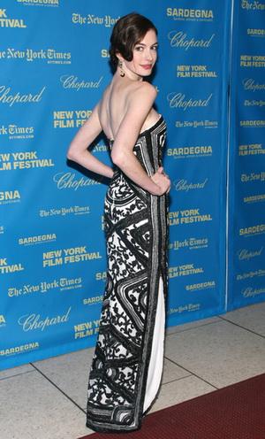 Zobaczcie nowego ukochanego Anne Hathaway
