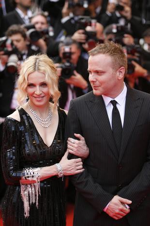 Madonna ma męża na pokaz