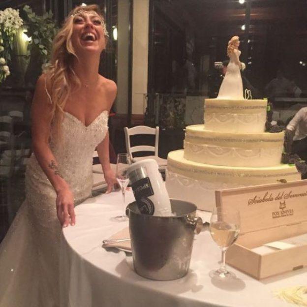 Laura Mesi wzięła ślub sama ze sobą