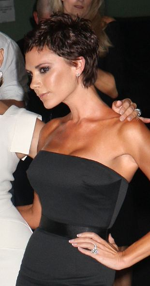 Dlaczego Victoria Beckham obcięła włosy?