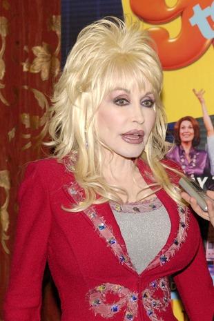 Dolly Parton tryska energią (FOTO)