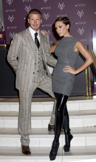 Victoria Beckham na szczudłach (FOTO)