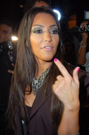 Przydymione oko Kim Kardashian (FOTO)