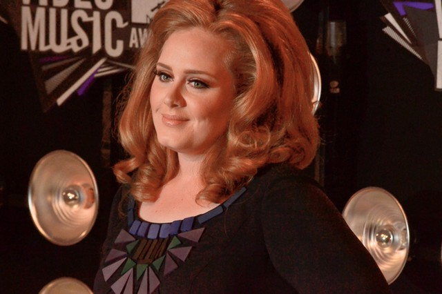 Adele ma raka gardła?