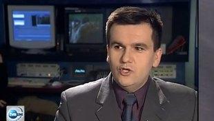 Paweł Płuska naśladuje znane osoby [VIDEO]