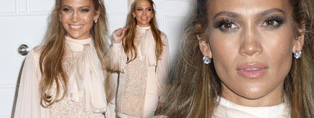 Jennifer Lopez promuje swoje nowe perfumy (FOTO)