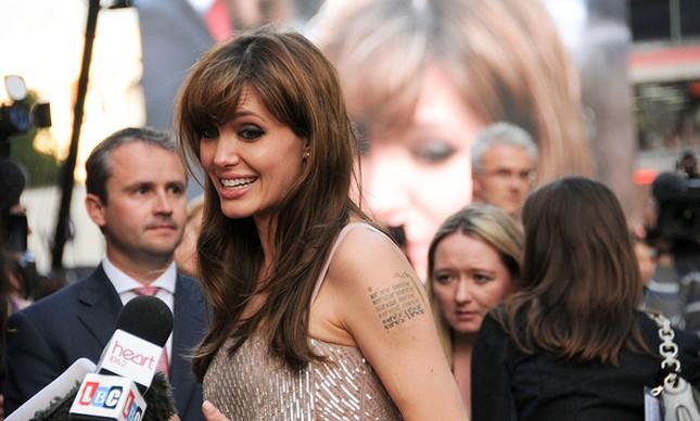 Angelina Jolie nie ma żadnych przyjaciół