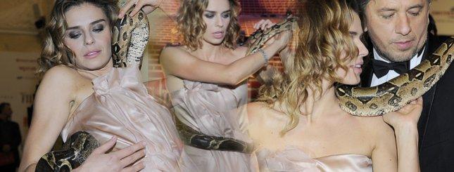 Natasza Urbańska z wężem na Złotych Kaczkach (FOTO)