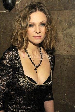 Która aktorka tak kusiła dekoltem? (FOTO)