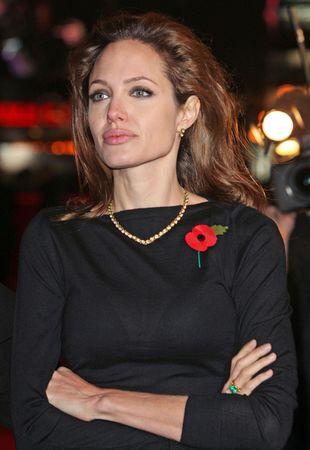 Angelina Jolie znowu kipi ze złości