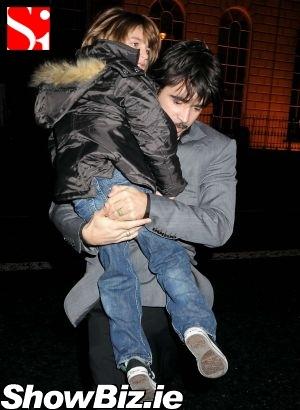 Colin Farrell nie zabrał Ali, bo bał się matki? (FOTO)