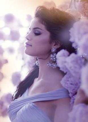 Selena Gomez - zdjęcia z jej nowego albumu (FOTO)