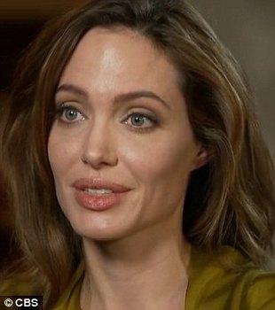 Angelina Jolie: Nie umarłam młodo – mam szczęście