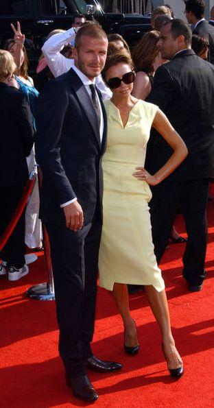 Victoria Beckham w luźnej sukience - to ci nowość! (FOTO)