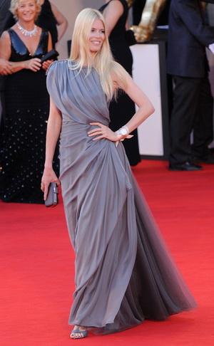 Claudia Schiffer dla włoskiego Vogue