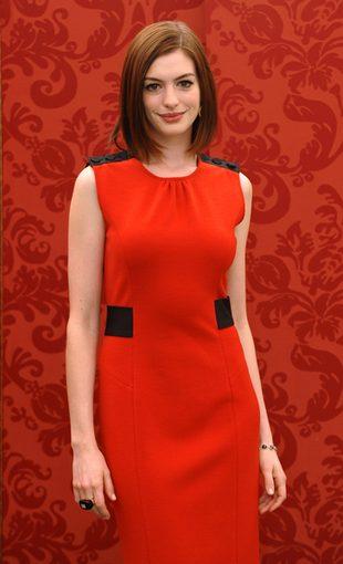 Anne Hathaway ma problemy z FBI