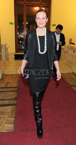 Magda Boczarska cała w czerni (FOTO)