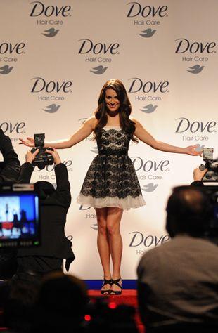 Lea Michelle w reklamie kosmetyków Dove (FOTO)