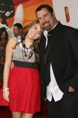 Miley Cyrus i John Travolta razem