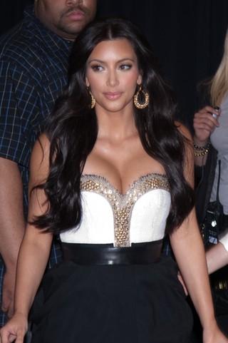Kim Kardashian już zaczyna zarabiać na swoim ślubie