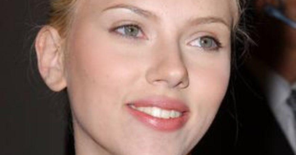 4e82876ebb Scarlett Johansson  Mój wygląd to zasługa makijażu - Kozaczek