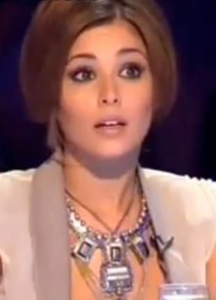 Agresywna uczestniczka X-Factor pokazała się topless! (FOTO)