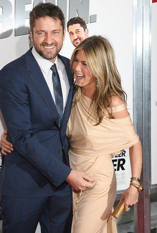 Jennifer Aniston leci na spotkanie z mamą Gerarda Butlera