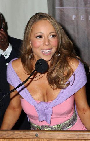 Naga pierś Mariah Carey (FOTO)