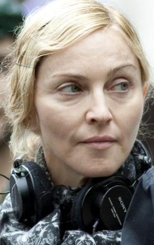 Madonna ściera podłogę (VIDEO)