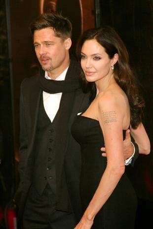 Zdjęcia Angeliny Jolie i Brada Pitta z bliźniakami (FOTO)