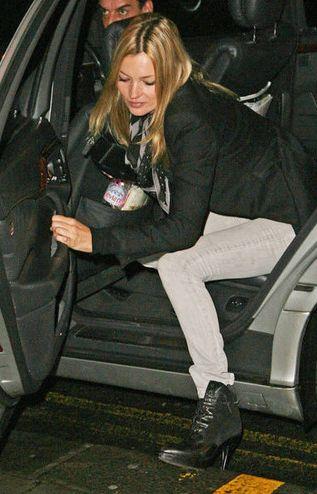 Kate Moss i jej opadające pośladki (FOTO)