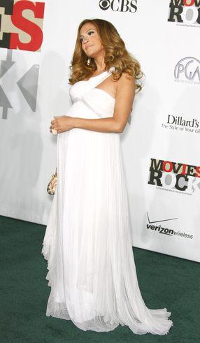 J.Lo zatrudniła masażystkę dzieci