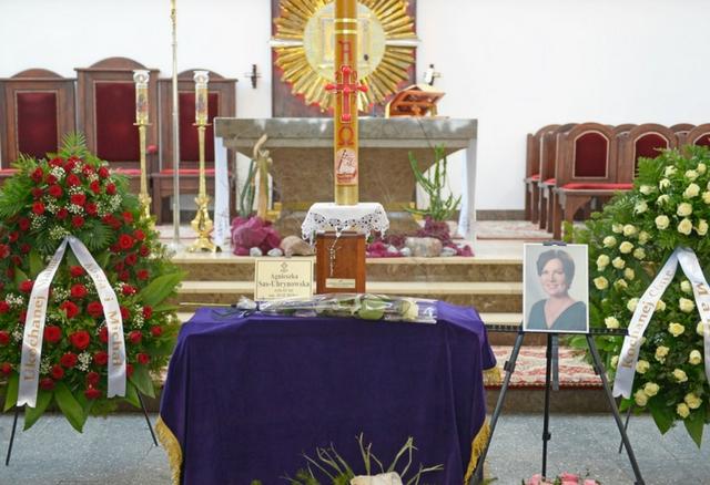 Trwa pogrzeb Agnieszki Kotulanki