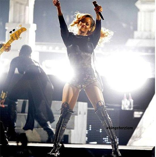 Rihanna chwali się fotkami z Hipszpanii