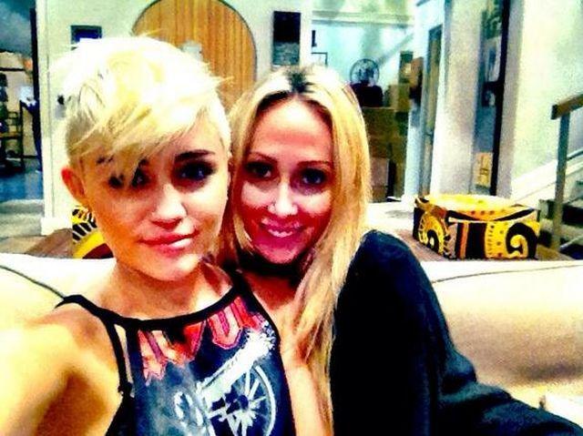 Miley Ray Cyrus z mamą