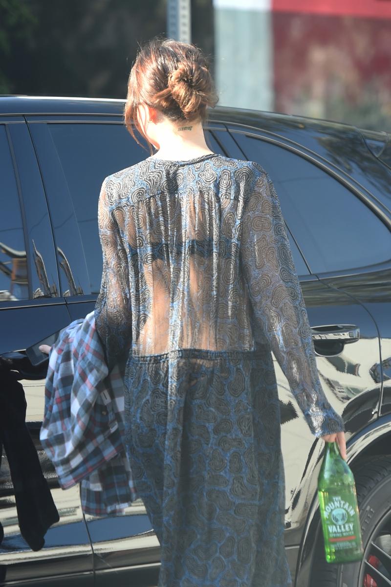 Dakota Johnson w odważnej stylizacji. Było widać WSZYSTKO! (ZDJĘCIA)