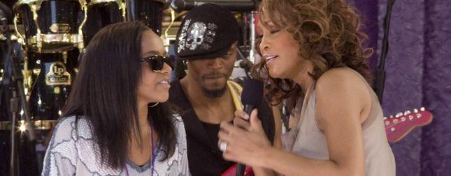 Córka Whitney Houston w duecie z mamą (FOTO)