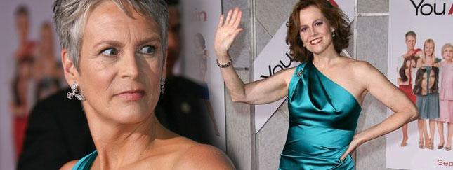 Jamie Lee Curtis i Sigourney Weaver - identyczne sukienki!