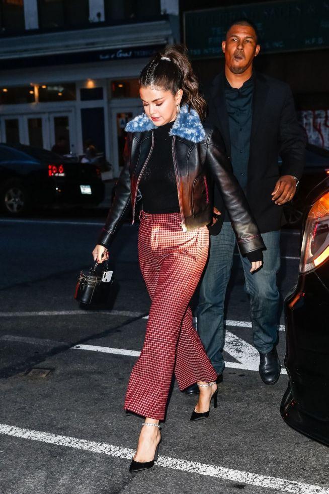 Selena Gomez bardzo przytyła i jest w ZŁEJ formie (ZDJĘCIA)