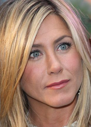 Mama Jennifer Aniston jest w stanie krytycznym
